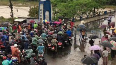 Balason Bridge: বালাসন নদীর জল বাড়তেই শিলিগুড়ির ব্রিজ হেলে পড়েছে, দেখুন ছবি